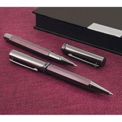 Estuche con Bolígrafo y Roller de Pierre Cardin personalizado con texto