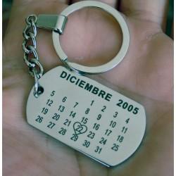Llavero grabado en forma de calendario